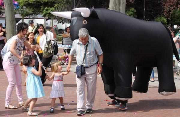Toros hinchables gigantes